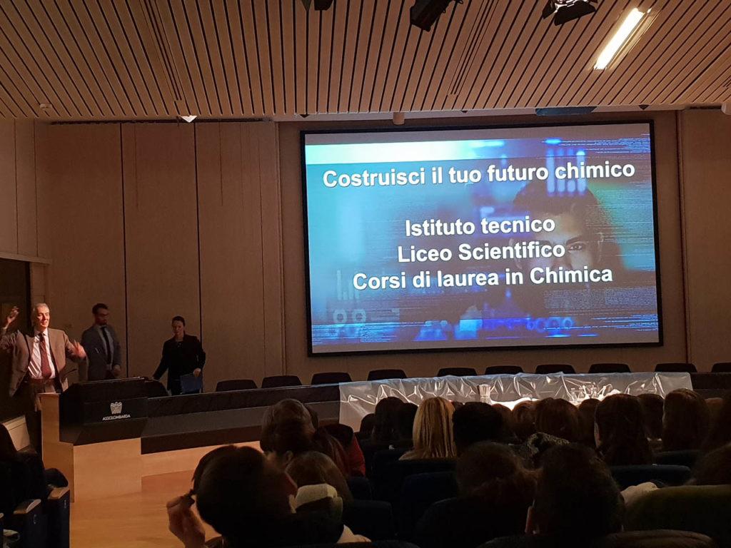 Istituto San Giuseppe La Salle Milano Scuola Secondaria Classi Terze Uscita didattica Federchimica_2