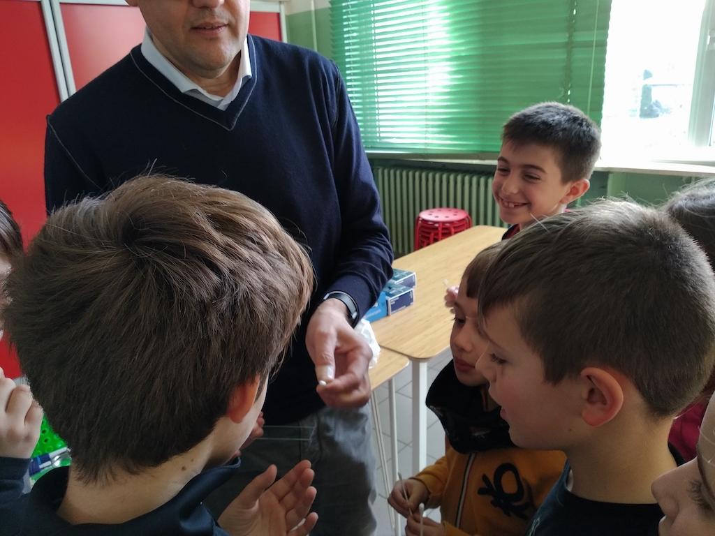 Istituto San Giuseppe La Salle Milano Scuola Primaria Classi 4A e 4B Esperto a Scuola Biologo_9