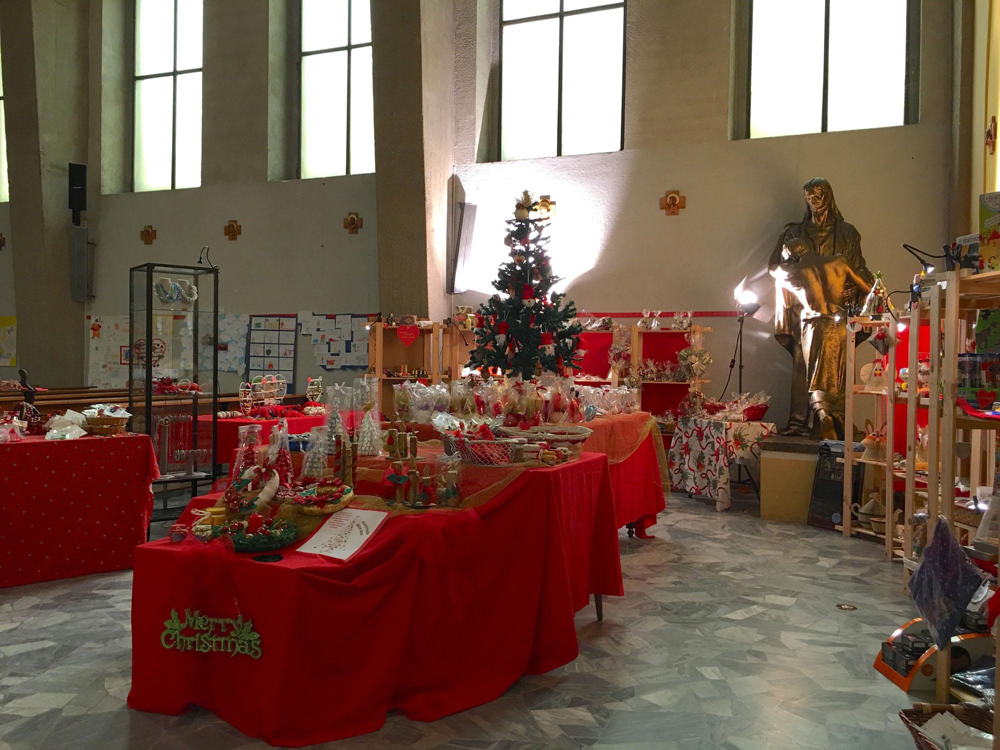Istituto San Giuseppe La Salle Milano Bancarella di Natale 2019_2